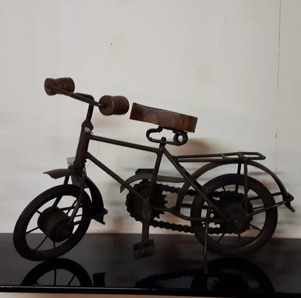 Metalen fietsje